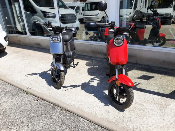 SCOOTER ELECTRIQUE JONWAY MODELE 2021 Image 1